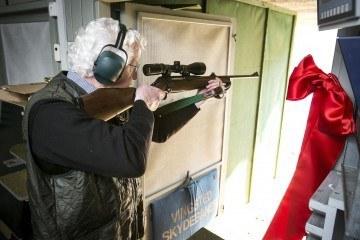 Kristian Ebbensgaard skyder første skud